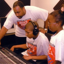 D Bright Teaching in the Studio